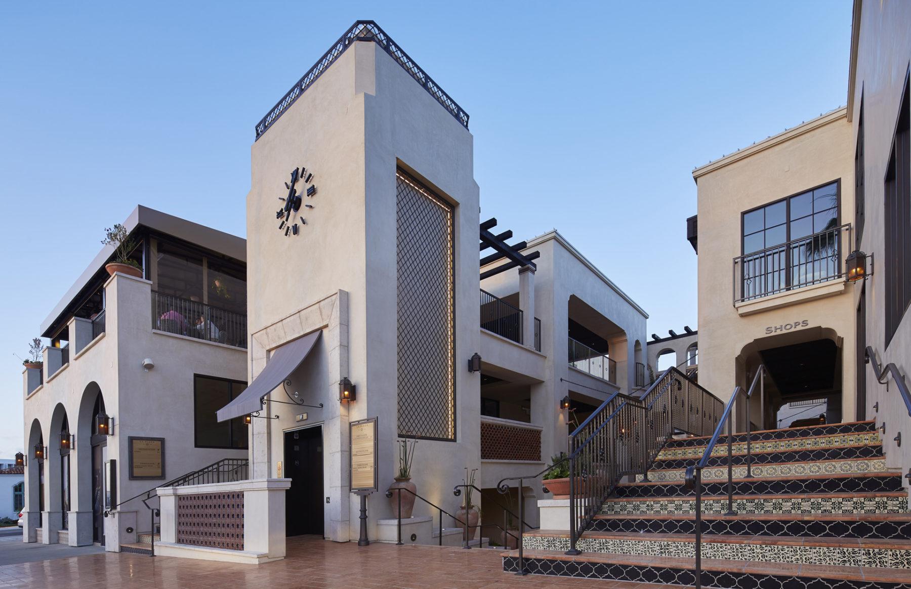 Dempsey La Jolla Plaza